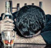 Как помочь близкому человеку справиться с алкоголизмом