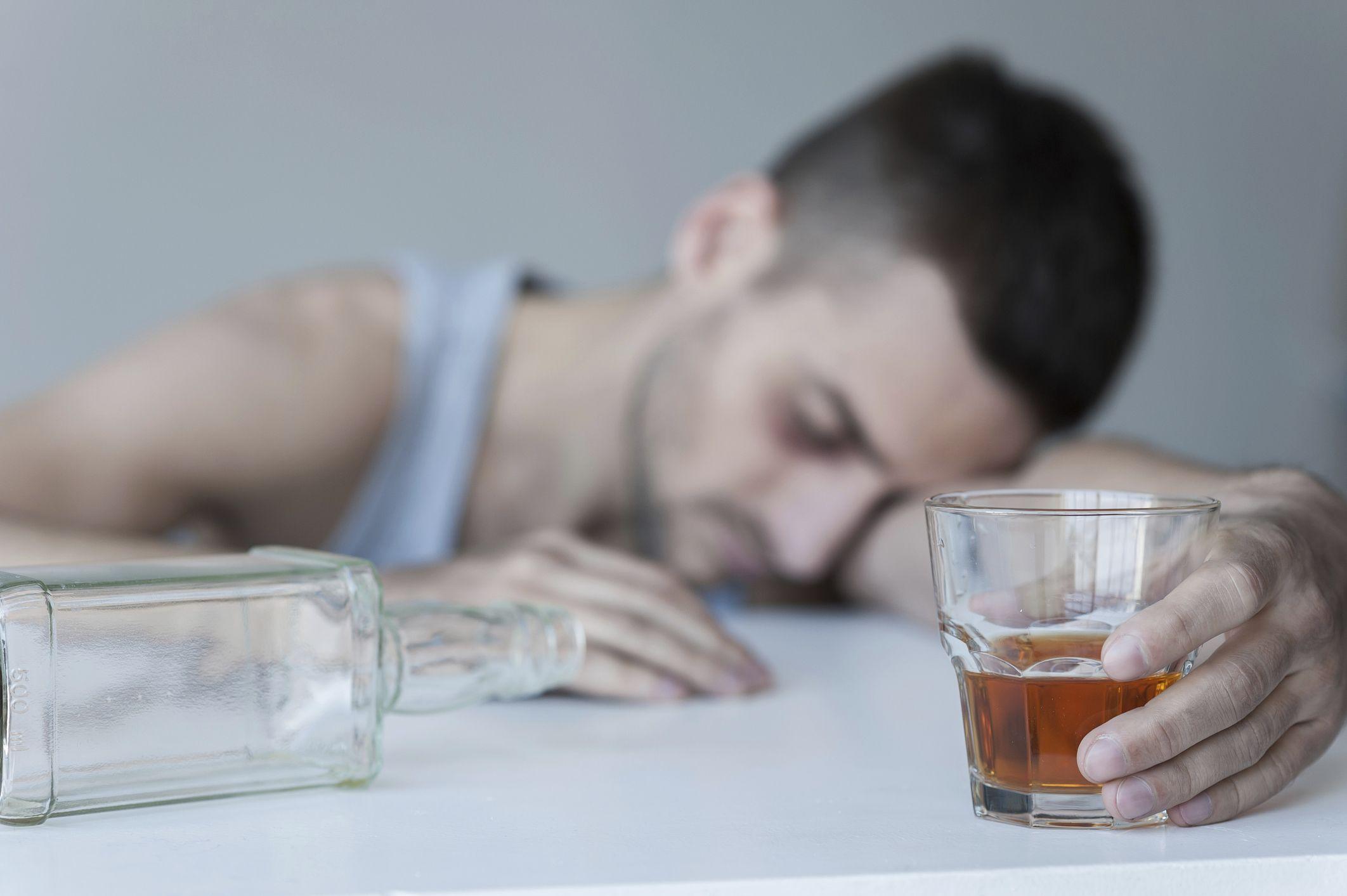 Хронический алкоголизм и механизм действия