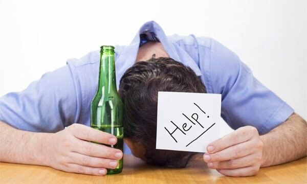 Как убедить алкоголика не пить